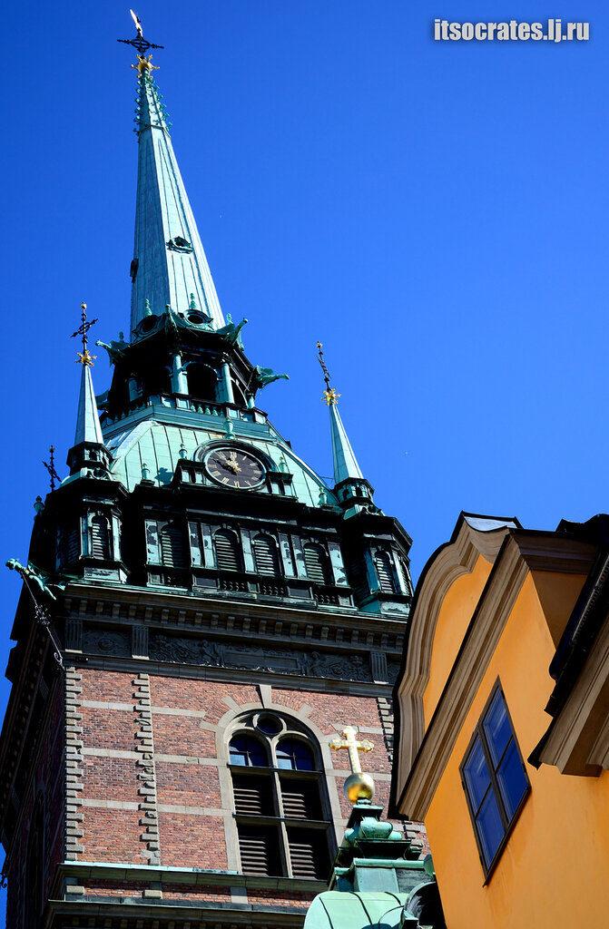 Немецкая церковь в старом городе - шпиль церкви