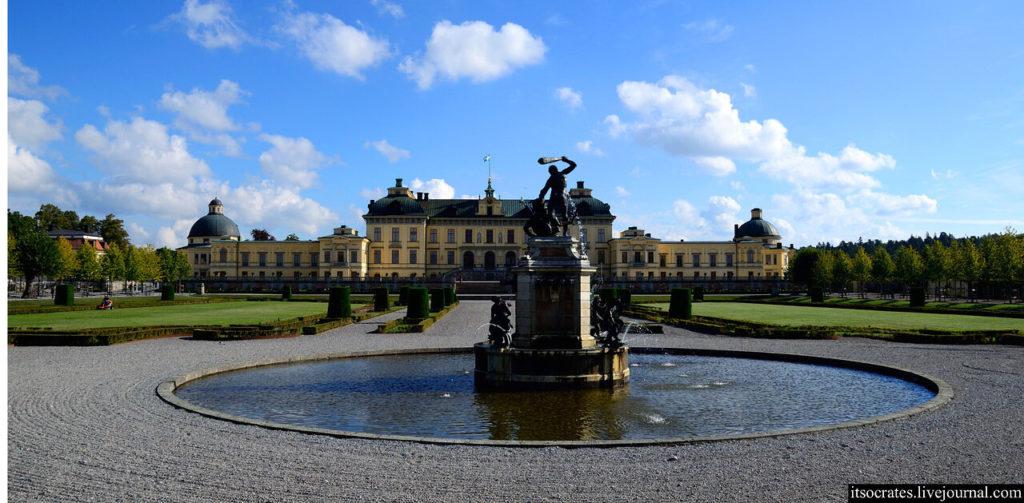 Королевский дворец дроттнингхольм в Стокгольме - замечательный королевский сад