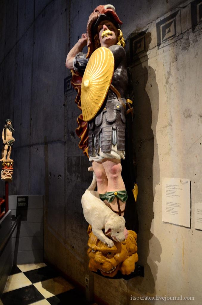 Музей Васа в Стокгольме - воссозданная скульптура с корабля Васа