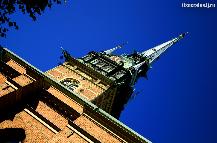Немецкая церковь в старом городе Стокгольма, Швеции или церковь св. Гертруды. Фото и описания