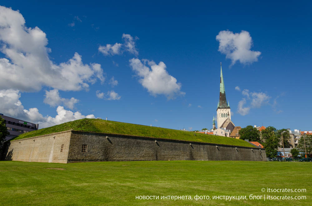 Фото Таллина на подходе к старому городу