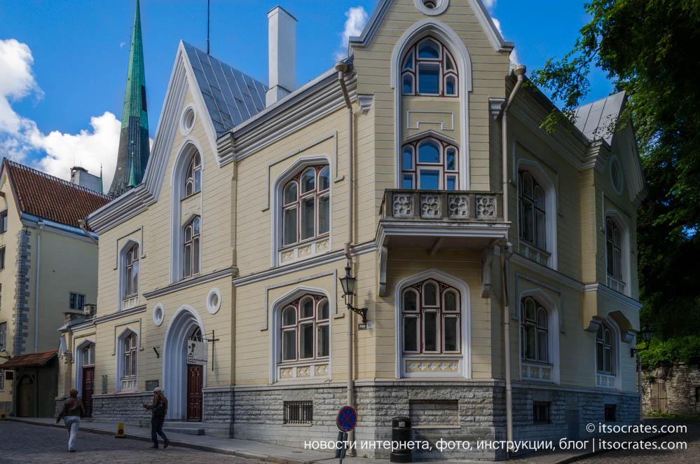 Фото старого города Таллина с его разнообразной архитектурой