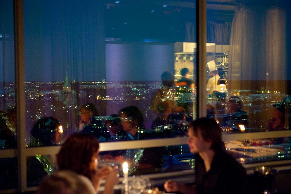 Ресторан Небо (HIMLEN) в Стокгольме