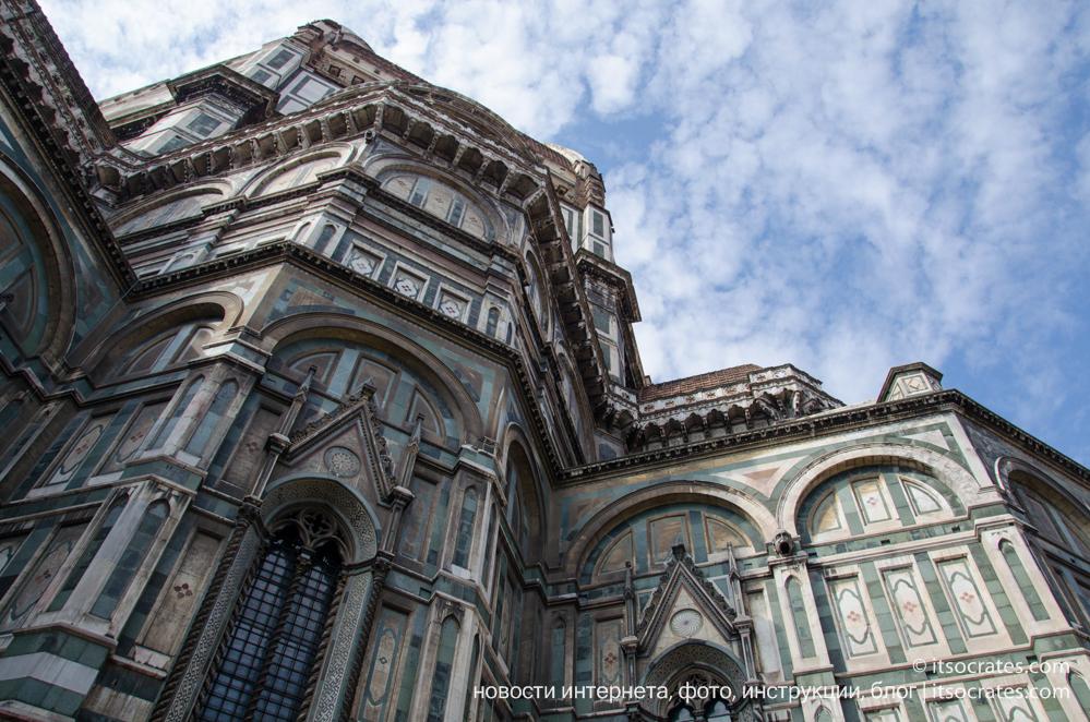 Главная достопримечательность Флоренции - Дуомо Флоренции или Собор Санта-Мария-дель-Фьоре. Италия, фото