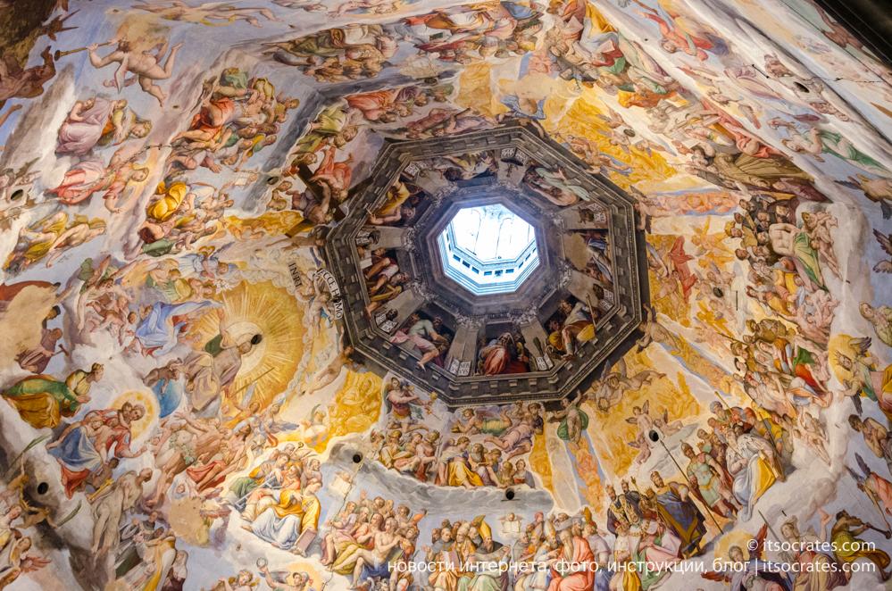 Купол Брунеллески и колокольня собора Санта-Мария-дель-Фьоре во Флоренции - вид на купол с колокольни - фрески купола