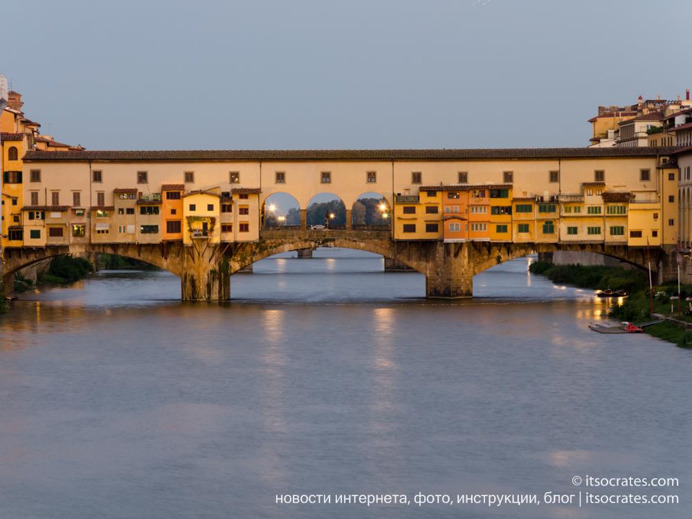 Площадь Микеланджело - дорога на площадь вдоль реки Арно и моста Понте-Веккьо