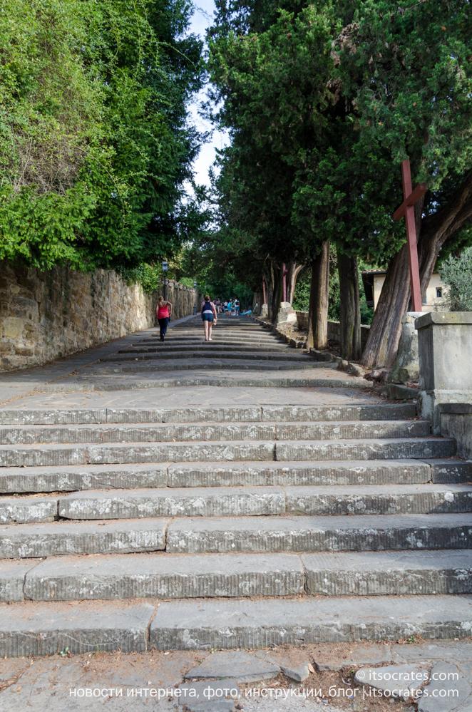 Площадь Микеланджело - лестница ведущая на площадь Микеланджело