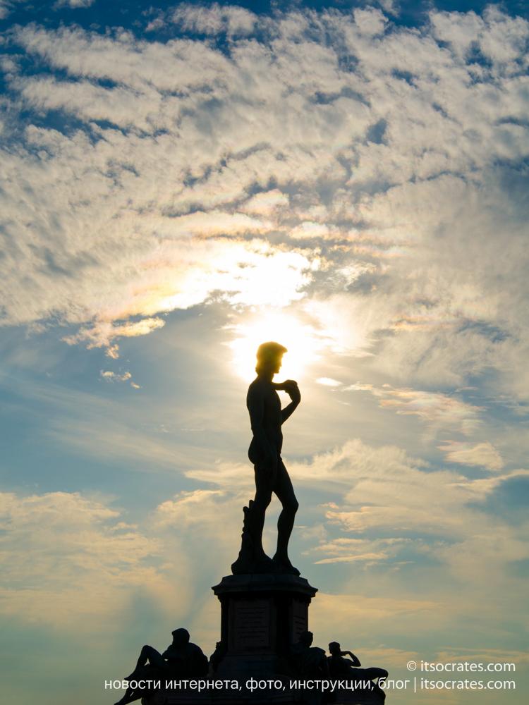 Площадь Микеланджело - статуя Давида работы Микеланджело
