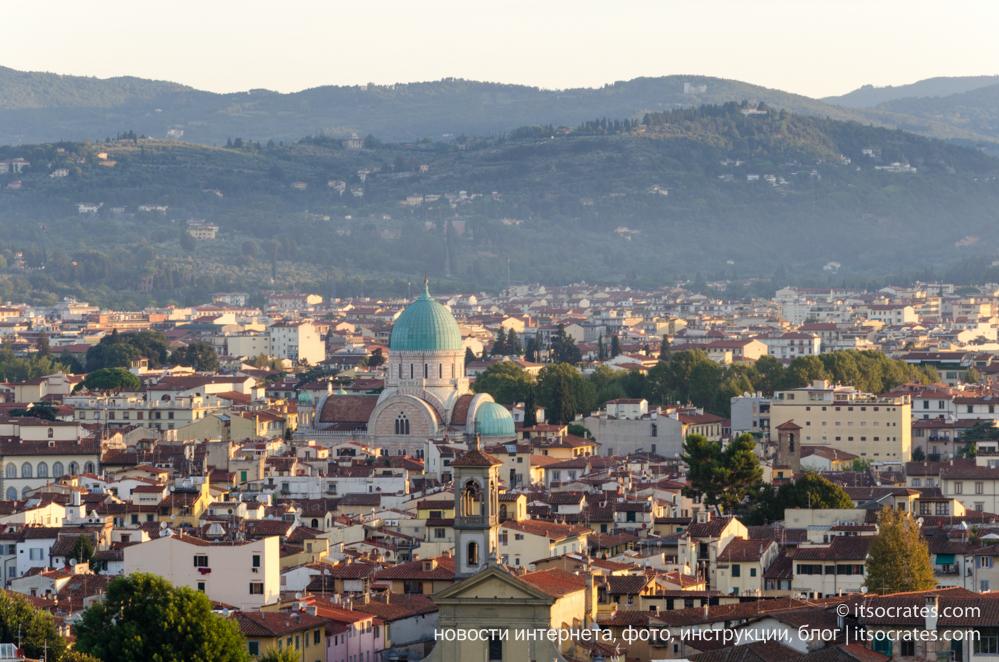 Площадь Микеланджело - вид на Флоренцию и большую Синагогу с площади Микеланджело
