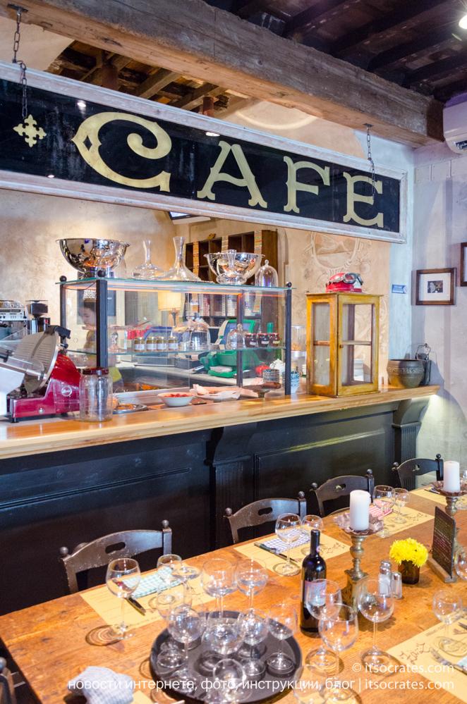 Самый крутой ресторан Флоренции - Trattoria Za-Za - стильный дизайн интерьера внутри кафе