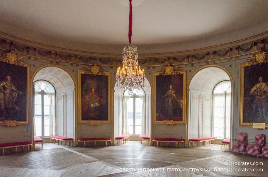 Замок Грипсхольм в Швеции - портреты известных людей Швеции и скандинавии