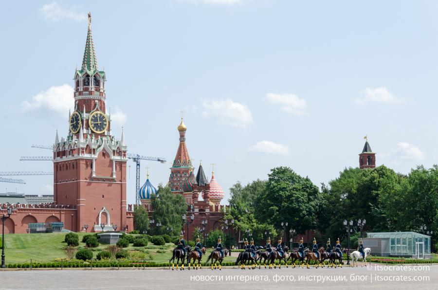 Музеи Московского Кремля - Царь-пушка, Царь-колокол, древния пушки