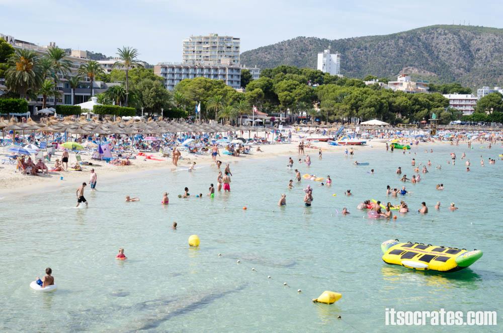 Пляжи острова Майорка - пляж в Магалуф - пляж для молодежи и любителей водных развлечений