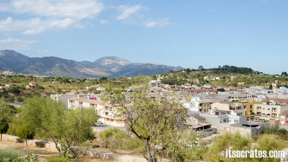 Город Инка на острове Майорка - вид на окрестности города