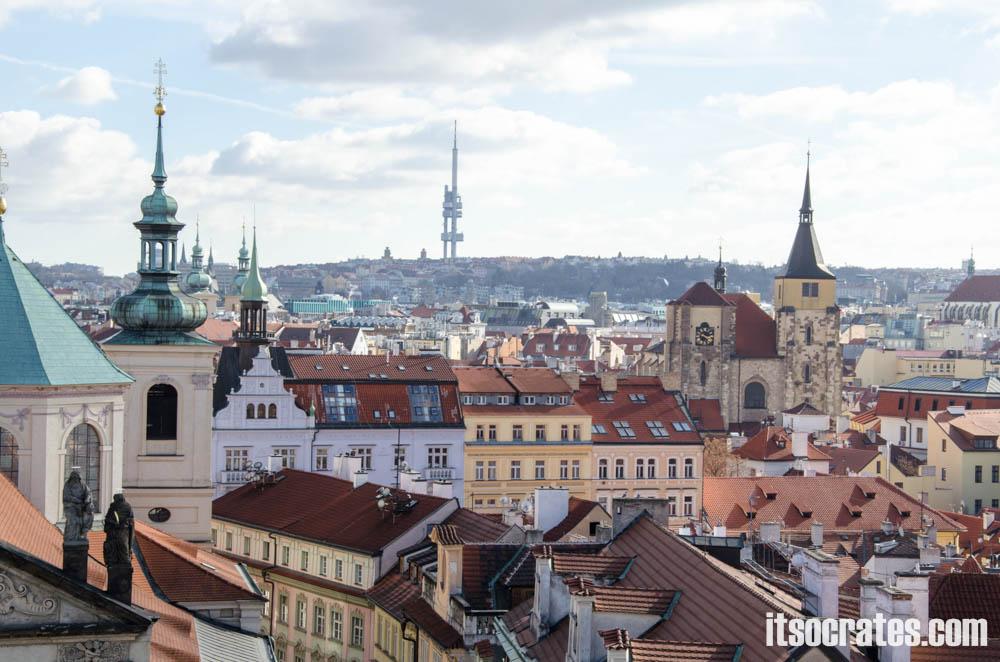 Карлов мост в Праге, Чехия - Вид на Старый город Праги со Староместской башни