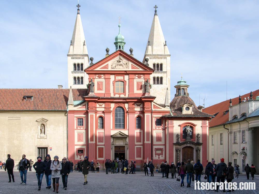 Достопримечательности Праги - Пражский град, монастырь и базилика Св. Георгия