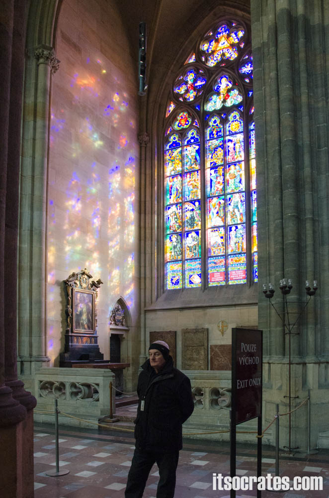 Прага - Собор Святого Вита - витражи собора