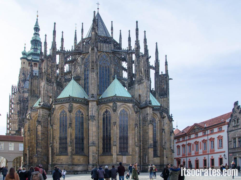 Прага - Собор Святого Вита - главный неф храма