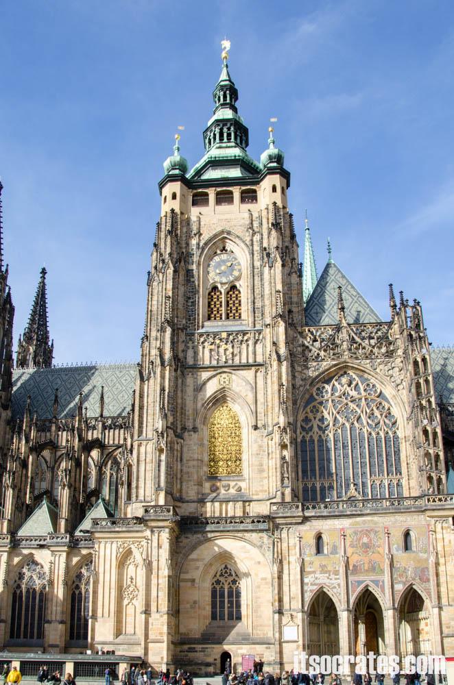 Прага - Собор Святого Вита - южный фасад собора