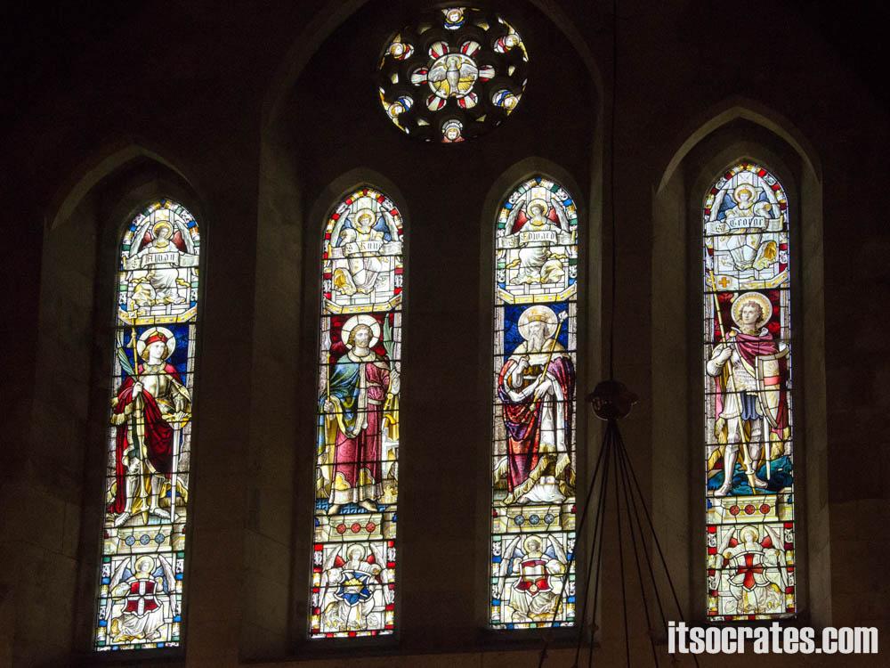 Достопримечательности Копенгагена, Дания - церковь Святого Албана - витражи внутри церкви