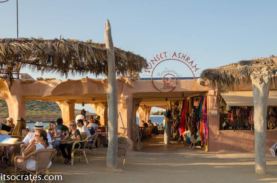 Кафе Сансет Ашрам с самым крутым закатом на всем острове Ибица